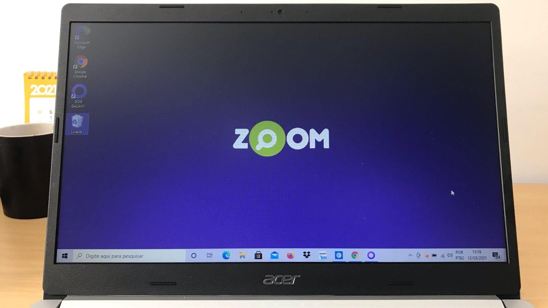A tela do Acer Aspire 5 é grande e o espaço é bem aproveitado, mas a resolução e as cores deixam a desejar (Foto: Guilherme Toscano)