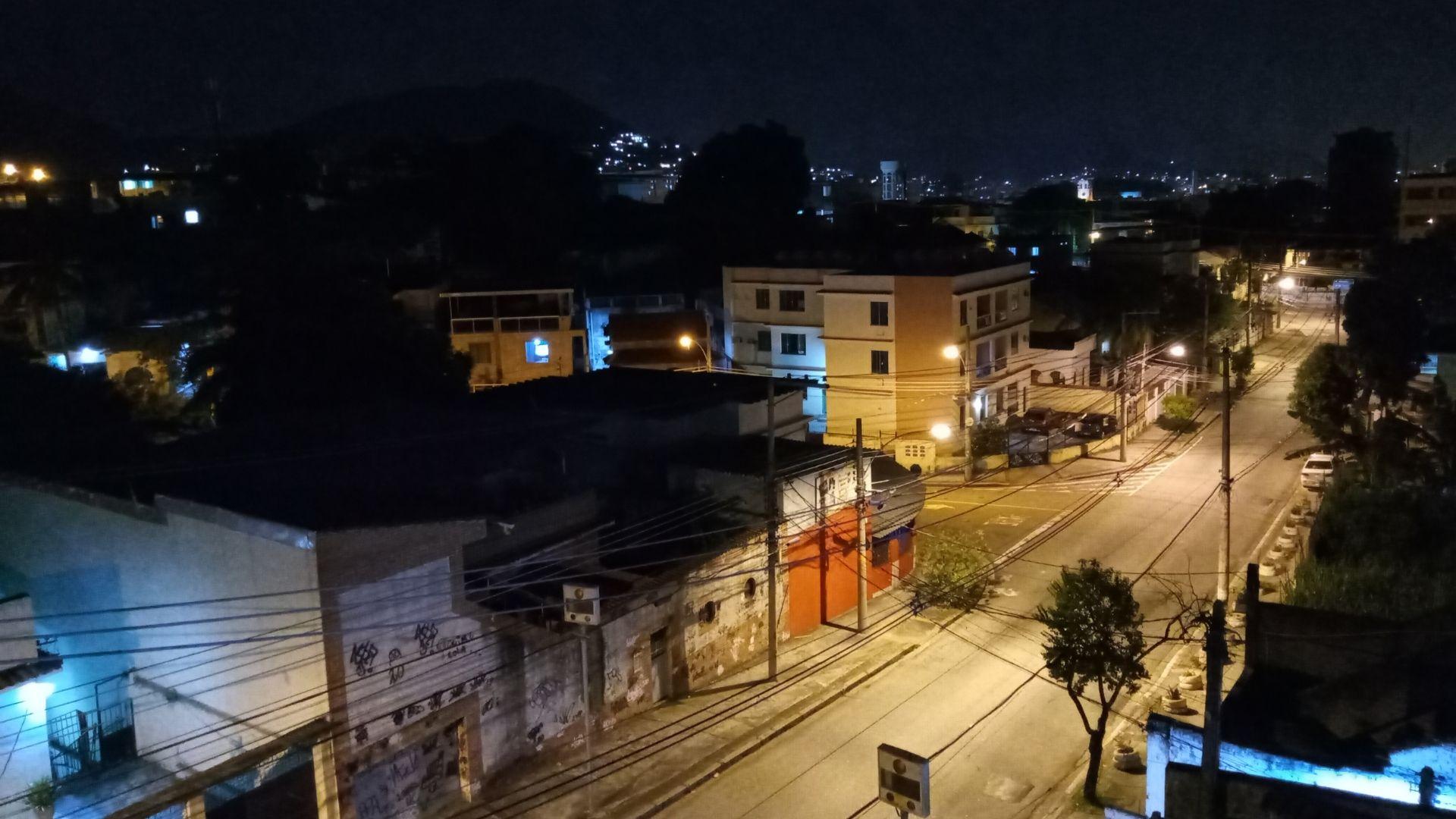 Foto feita à noite com o LG K52 (Foto: Aline Batista/Zoom)