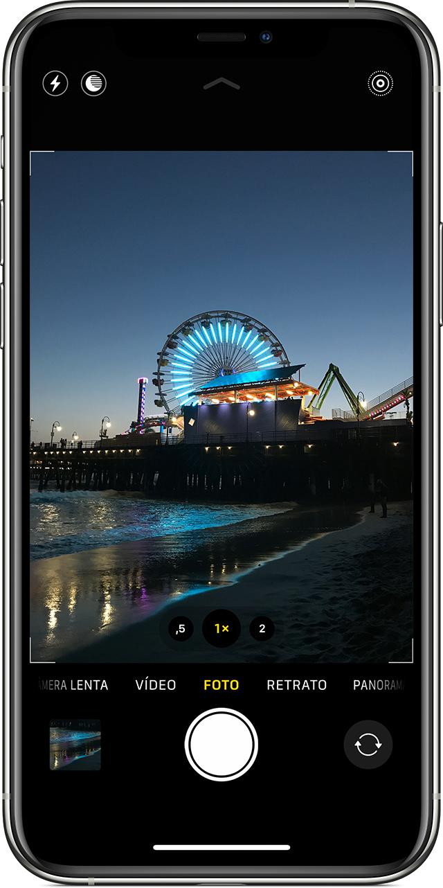 Como colocar vídeo na tela de bloqueio: veja se o botão Live Photo está ativado (Foto: Divulgação / Apple)
