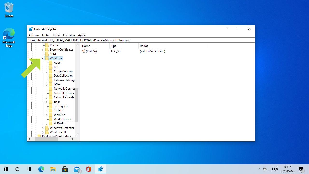 Siga pelo caminho listado até chegar à pasta Windows e tome cuidado para não fazer nada além do que for mencionado no tutorial (Reprodução: Redação Zoom)