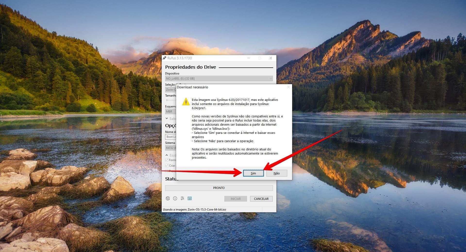 Confirme o aviso do Syslinux para continuar a criar pendrive bootável no Linux (Foto: Reprodução/Filipe Salles)