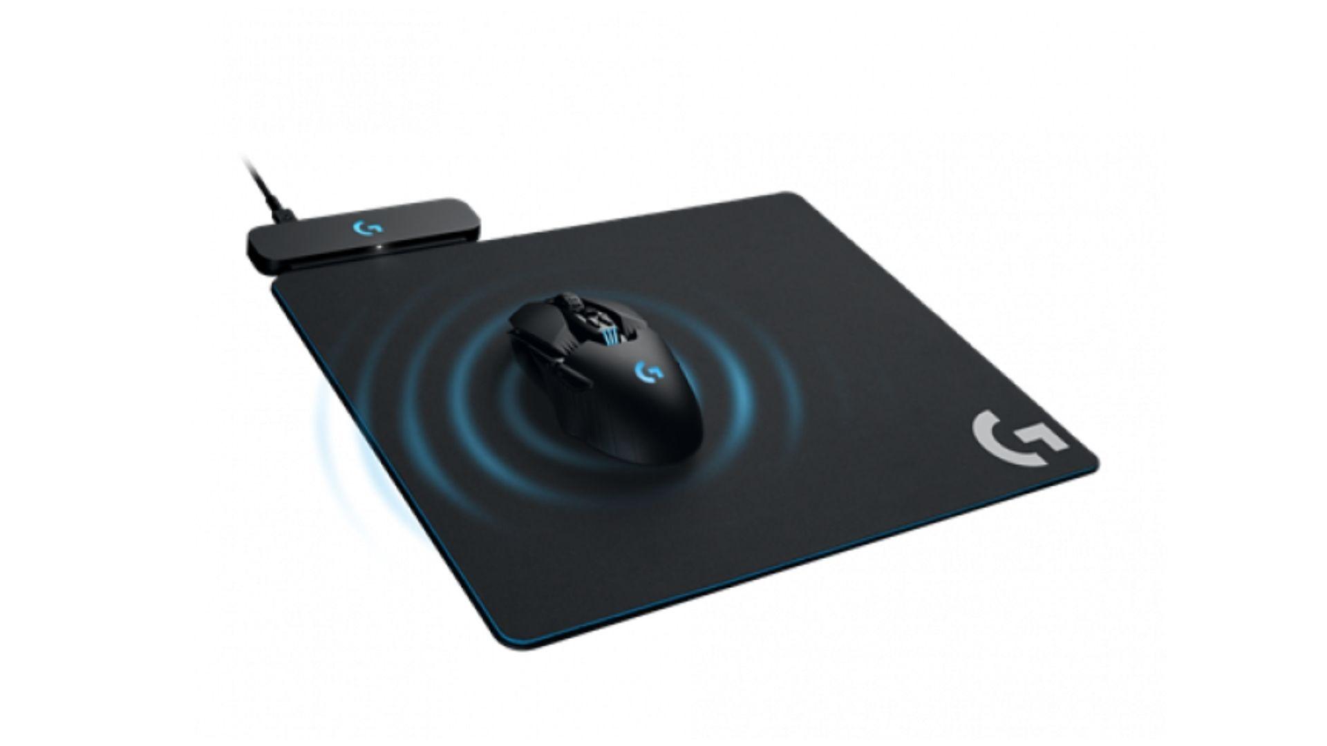 A tecnologia PowerPlay em mousepads da Logitech é capaz de carregar mouses sem fio enquanto deslizam, efetivamente garantindo que a bateria não vai acabar durante a jogatina (Divulgação: Logitech)