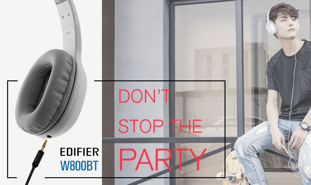 O fone Edifier W800BT pode usar cabo. Divulgação/Edifier.