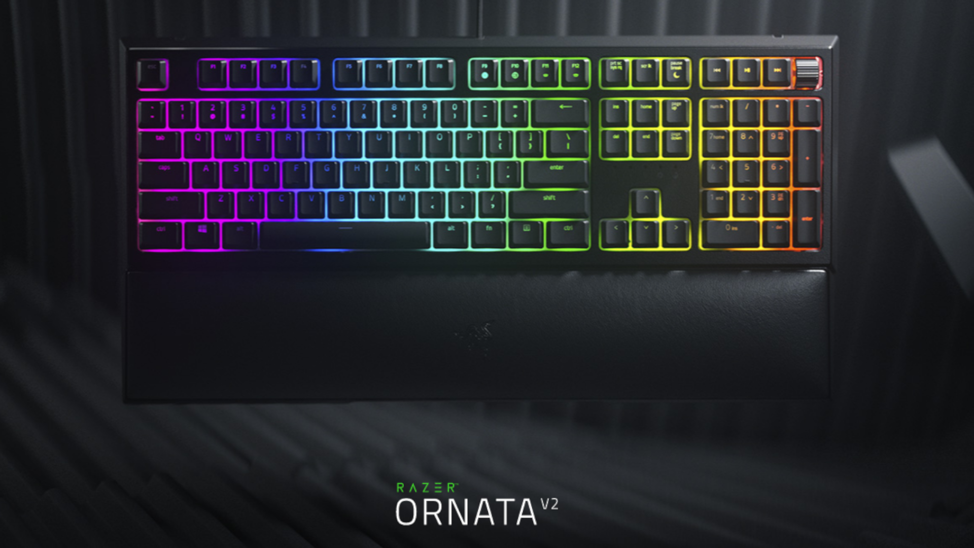 O teclado gamer Razer Ornata V2 aposta em switch de membrana com resposta táctil e sonora (Foto: Divulgação/Razer)
