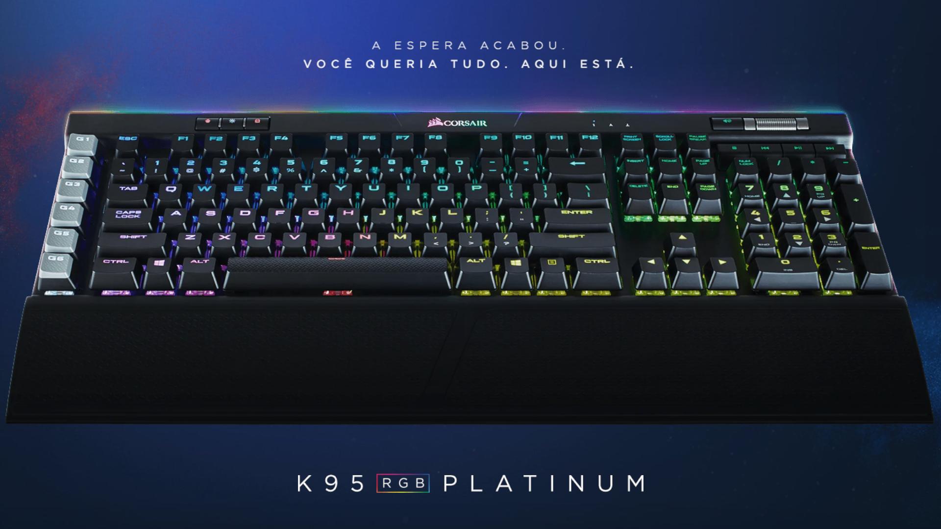 O Corsair RGB Platinum K95 USB é um teclado gamer mecânico completo com tudo que se espera de um teclado gamer (Foto: Divulgação/Corsair)